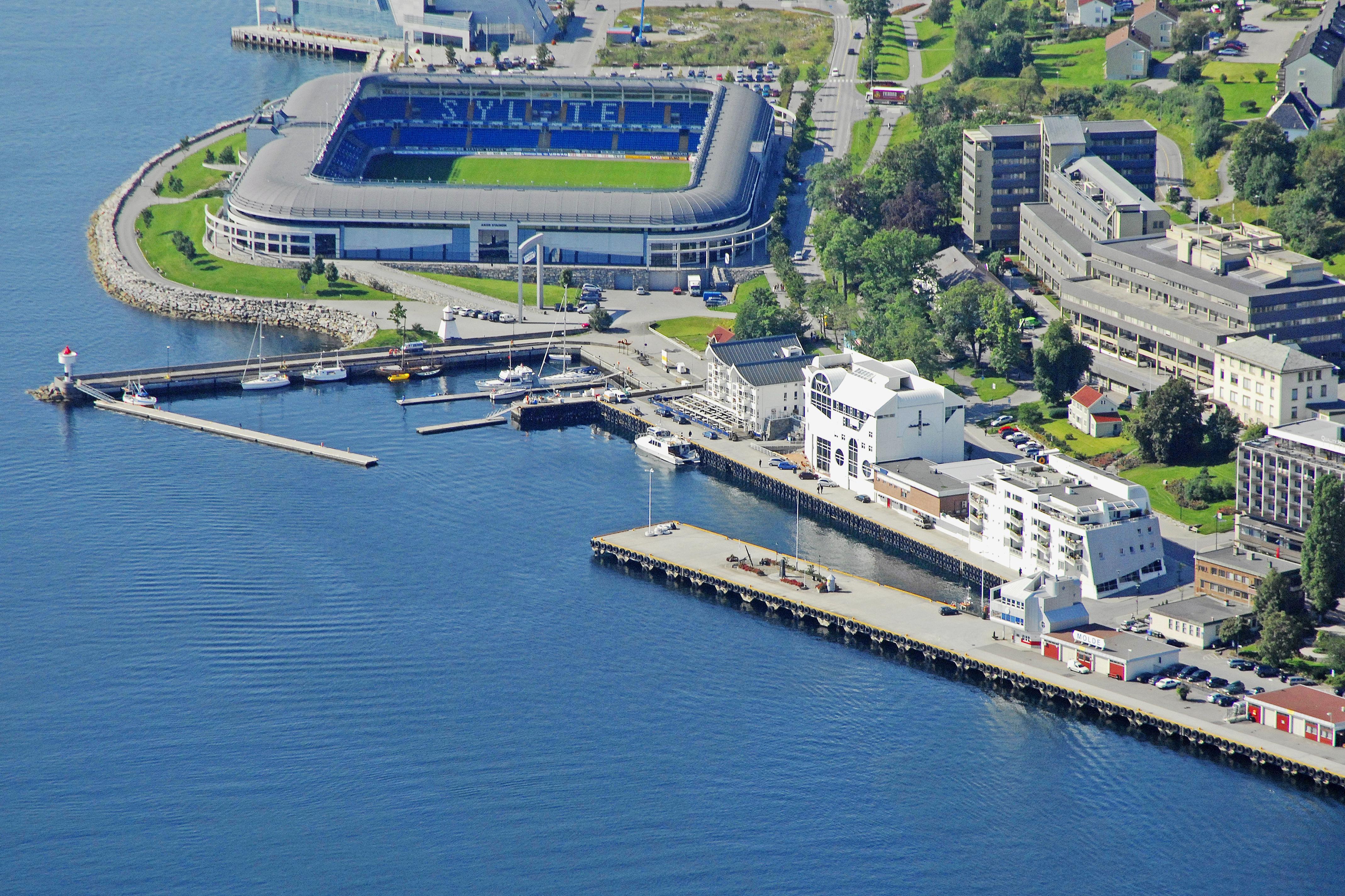 molde reknes harbour in molde norway marina reviews phone