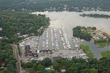 Britannia Yachting Center