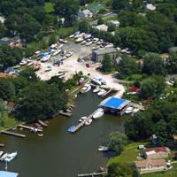 Deckelman's Boat Yard