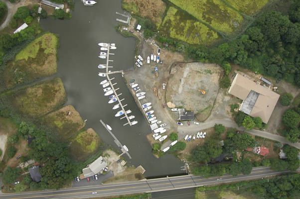Bayliner Boat Center