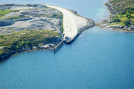 Kjerkeholmen Ferry