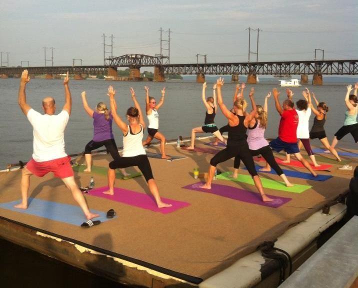 Strandbiene Yoga havre de grace