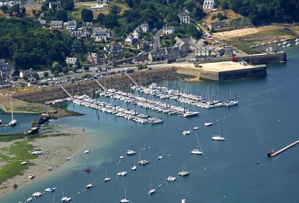 Lezardrieux Marina