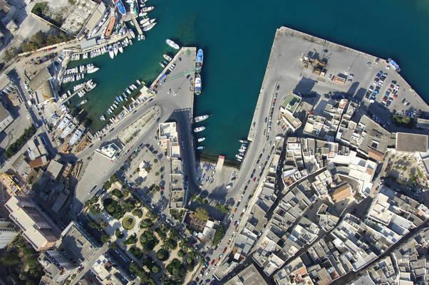 Fontanelle Cove Marina