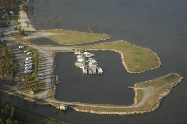 Lake End Park Marina