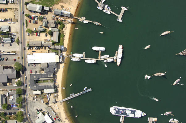 Vineyard Haven Marina