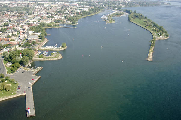 Canal De Lachine South Inlet