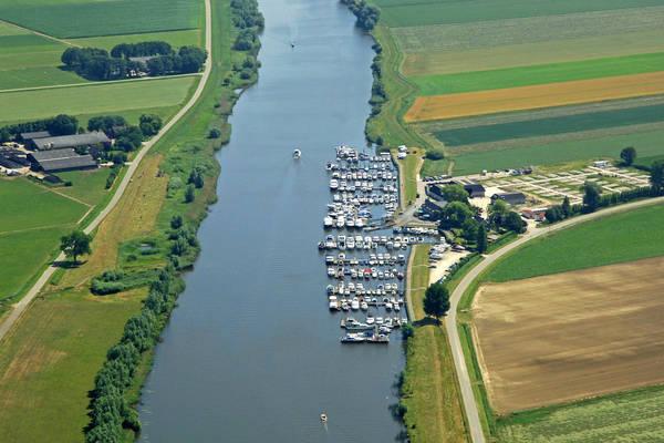 Hermenzeil Yacht Harbour