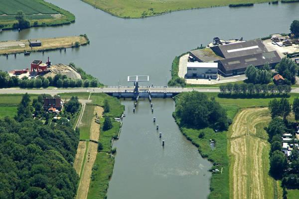 Waard Bridge