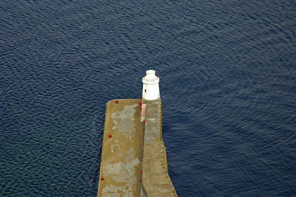 Wick Harbour Breakwater Lighthouse