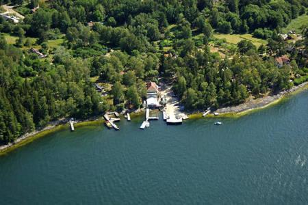 Runmaroe Ferry