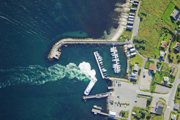 Valderhaug Harbour