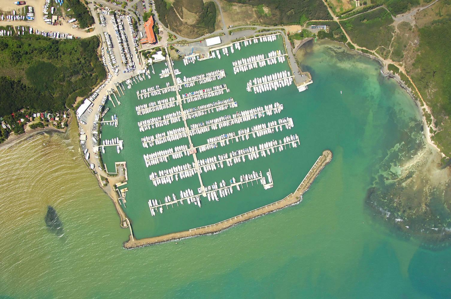 Bermuda Car Rental >> Puerto del Rey Marina slip, dock, mooring reservations ...