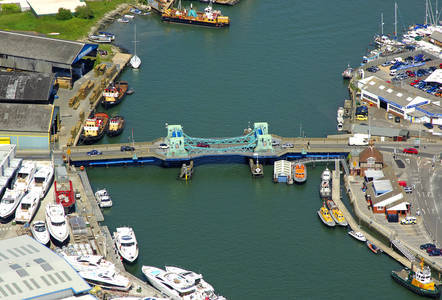 Poole Lifting Bridge