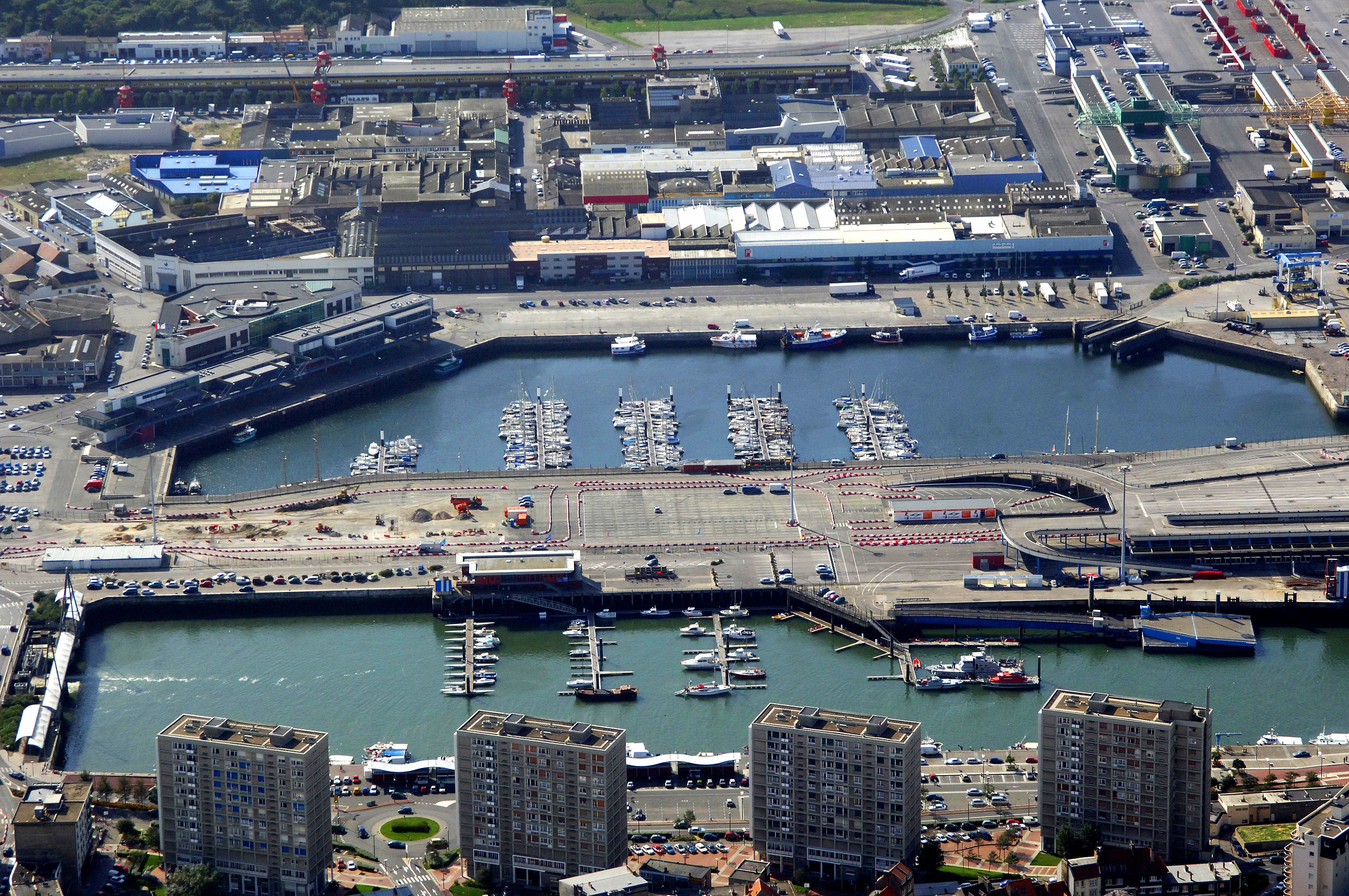 Port de plaisance bassin napoleon in boulogne sur mer france marina reviews phone number - Port de plaisance de boulogne sur mer ...