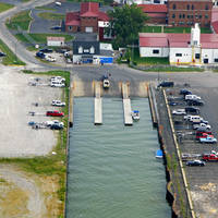 Lorain Municipal Pier (Hot Waters)