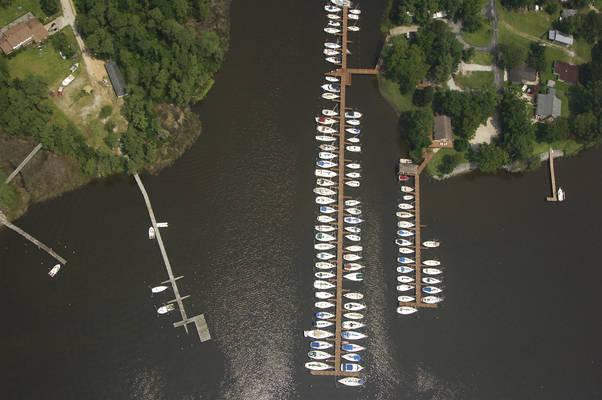 Matthews Point Marina and Yacht Sales
