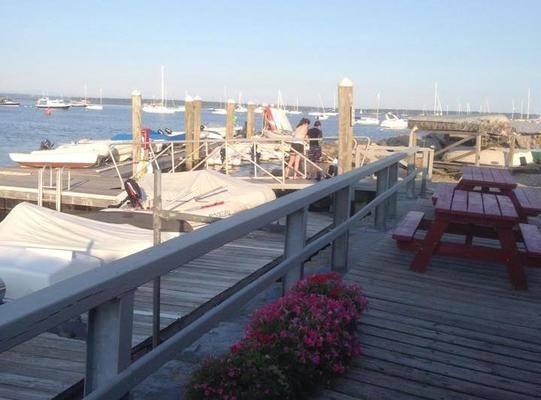 Wickford Yacht Club