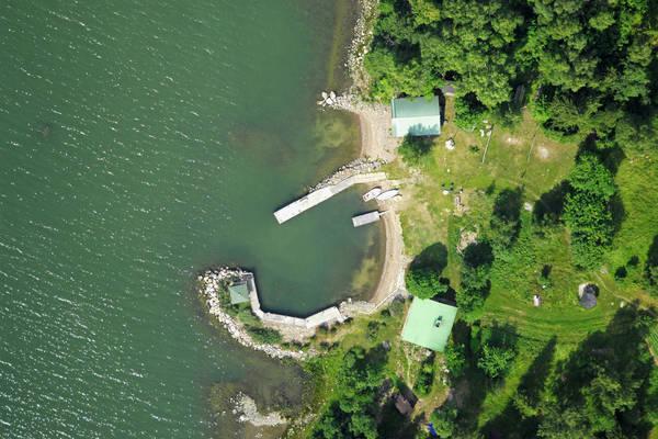 Isomaa Yacht Harbour