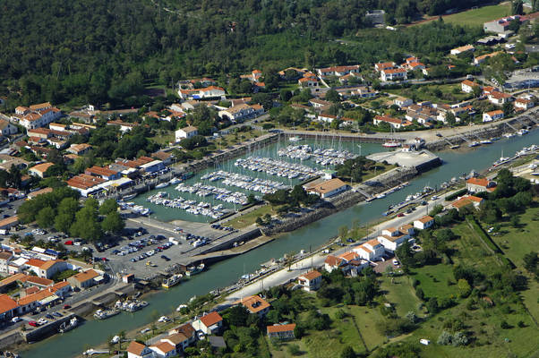 Boyardville Marina