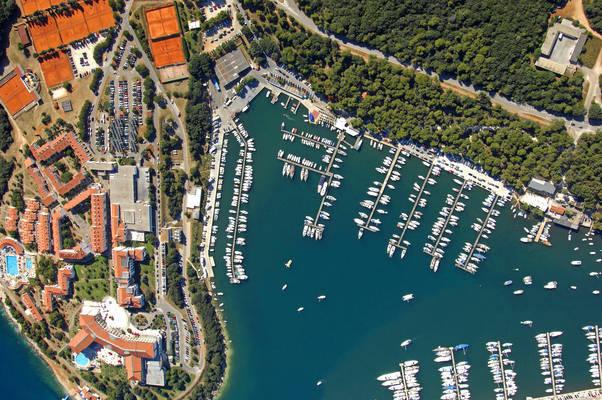 JK Uljanik Yacht Club