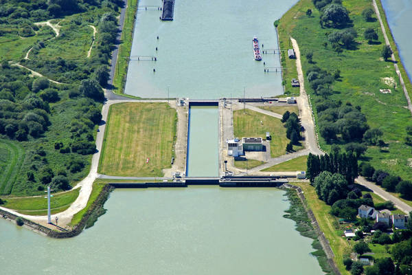 Le Havre Grand Canal Lock South