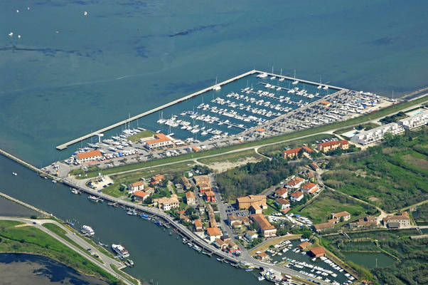 Marina Di Porto Levante