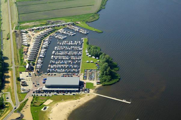 Yachtharbor Nieuwboer
