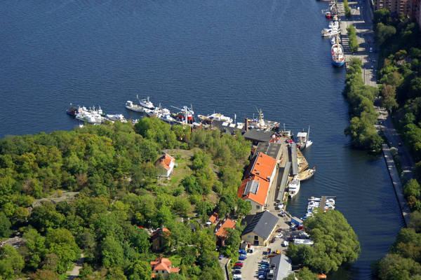 Maelarvarvs Road Marina