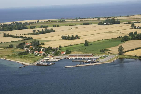 Femø Havn