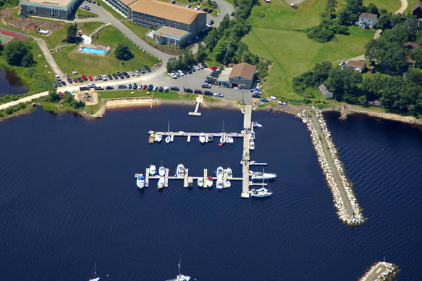 Atlantica Hotel and Marina Oak Island