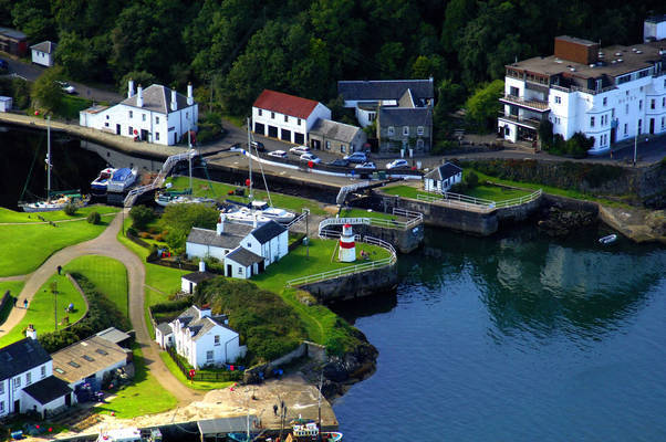 Crinan Canal Lighthouse