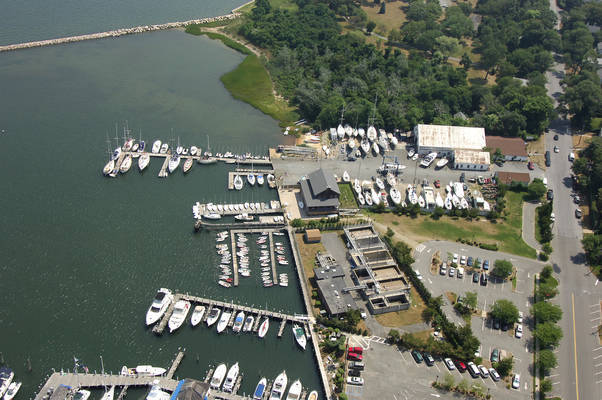 Breakwater Yacht Club