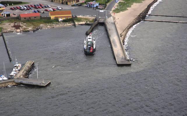 Hvalpsund-Sundsøre Ferry