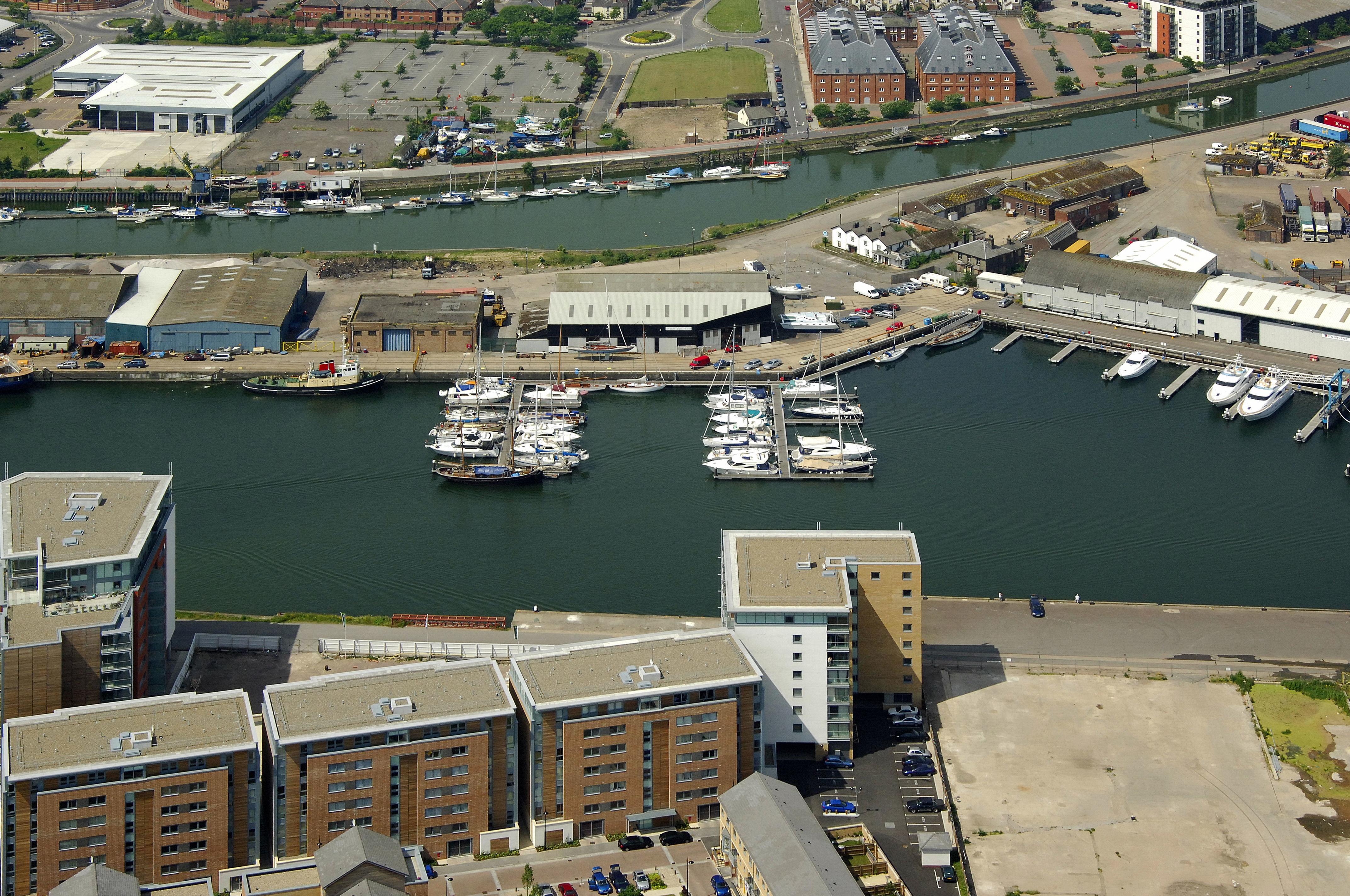 spirit yachts in new cut east  ipswich  suffolk  gb  united kingdom - marina reviews