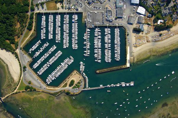 Port La Foret Marina