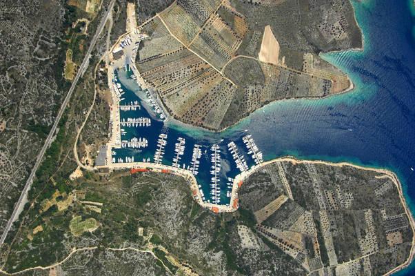 Marina Kremik Harbour