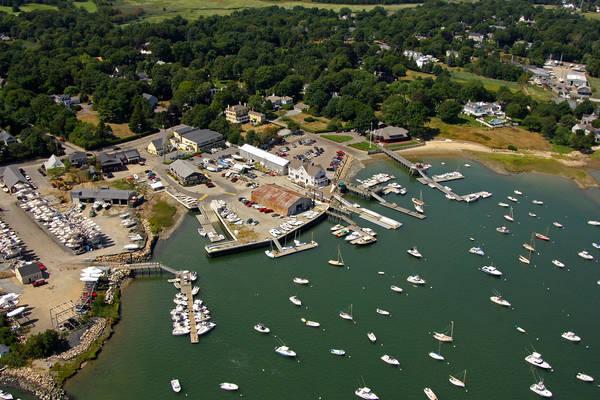 Snug Harbor Yachts