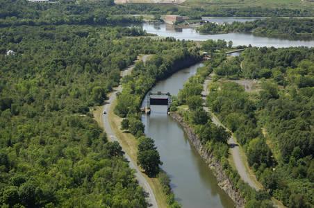 Erie Canal Guard Gate 2