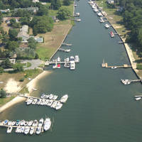 Hampton Bays Yacht Club