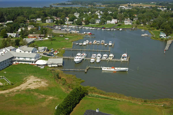 Chesapeake House Marina