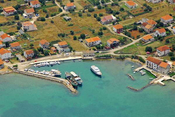 Nevidane Harbour