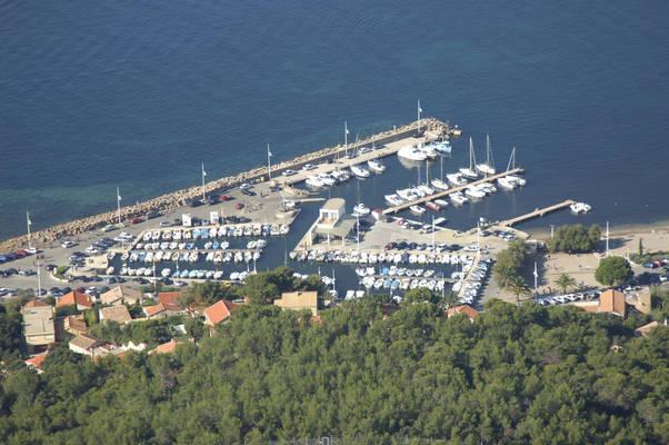 Les Oursinieres Marina