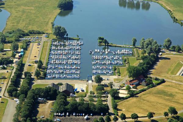 Maas En Roer Marina