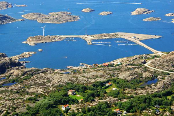 Basteviksh Road Marina