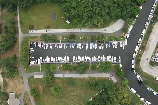 Pattaconk Yacht Club