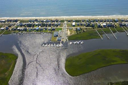 Blue Water Point Motel & Marina