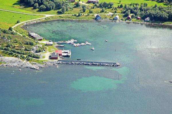Tustna Leira Yacht Harbour