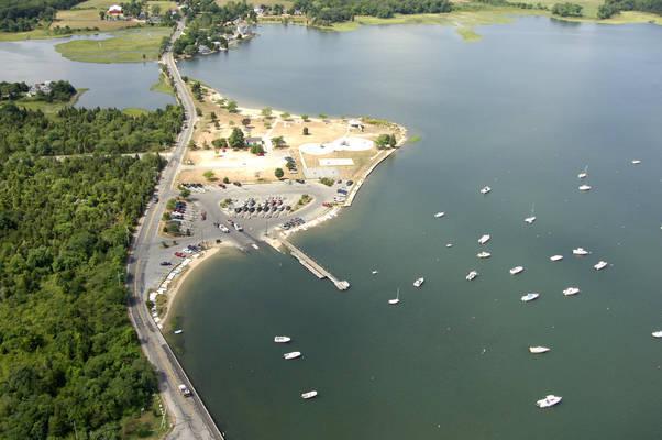 Apponagansett Park Boat Ramp