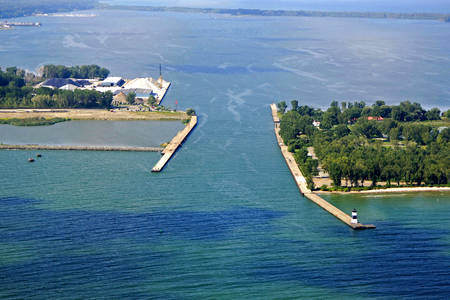 Presque Isle Bay Inlet
